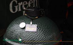 Big Green Egg грили барбекю для загородного дома.