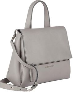 b0f3a5ea41 126 Best G I V E N C H Y images | Givenchy handbags, Leather ...