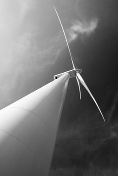 India gives green light to new offshore wind farm zones. The Ministry of New and Renewable Energy has been authorised to carry out the allocation of offshore wind energy blocks, according to a government statement released earlier this week. The move paves the way for offshore wind development up to 200 nautical miles from the country's 7,600km shoreline. | Business Green. Image credit: Pics-xl / Shutterstock #windfarm #wind #turbine #offshore #india #renewables