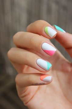 Nail art is a very popular trend these days and every woman you meet seems to have beautiful nails. It used to be that women would just go get a manicure or pedicure to get their nails trimmed and shaped with just a few coats of plain nail polish. Cute Summer Nail Designs, Cute Summer Nails, White Nail Designs, Nail Designs Spring, Cute Nails, Nail Summer, Spring Summer, Easy Nail Polish Designs, Short Nail Designs