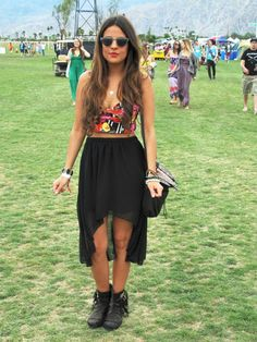 Festival fashion - dip hem maxi skirt!
