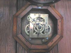 【木工仕事】古時計のリメイク | 佐世保便利屋ブエノの日々と時々山羊 #時計 #リメイク #clock #remake #佐世保便利屋 #便利屋 #佐世保便利屋ブエノ #便利屋ブエノ