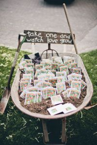 Let our love grow; wedding favor