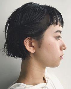 Girl Short Hair, Short Hair Cuts, Short Hair Styles, Cute Bob Haircuts, Bob Hairstyles, Haircut And Color, Hair Photo, How To Make Hair, Hair Designs