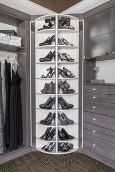 Walk In Closet Ideas - Seeking some fresh ideas to renovate your closet? See our gallery of leading deluxe walk in closet design ideas and also photos. Shoe Shelf In Closet, Closet Walk-in, Closet Storage, Closet Organization, Closet Ideas, Shoe Organizer, Organization Ideas, Walk In Closet Design, Bedroom Closet Design