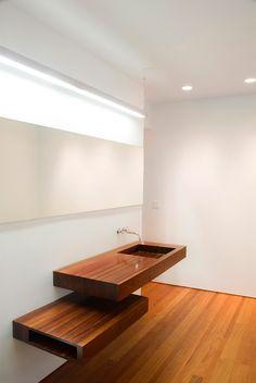 upstairs-sink.jpg