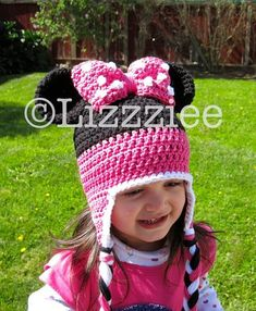 You wont believe how easy it is to make this adorable hat! With this pattern, you can make a hat to fit anyone, there are instructions to make six different sizes, from newborn all the way to adult. The pattern includes complete instructions to make earflap hats or beanies. I also include
