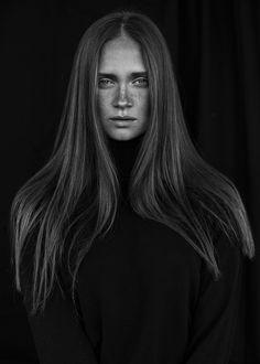 Portrait of Angela by Agata Serge on 500px