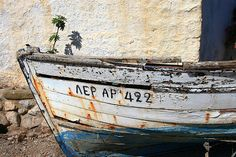 Old boat by Marite2007 on Flickr.