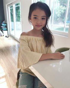 Pin on 可愛い娘 Beautiful Little Girls, Cute Little Girls, Beautiful Asian Girls, Beautiful Children, Cute Kids, Cute Asian Babies, Asian Kids, Cute Asian Girls, Preteen Girls Fashion