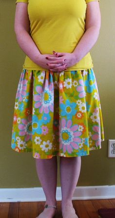 the tutorial for this skirt is the most popular post on my blog. it's very simple to make.