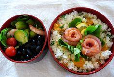 Lunch boxes para no sacrificar tu salud  5. Utiliza un tema para cada día. Por ejemplo: comida mexicana, italiana, oriental, etc.