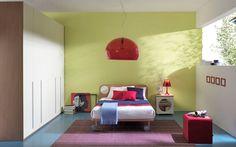 COMPOSIZIONE 142 Proposte eccellenti dal design innovativo, con alte prestazioni tecnico ed estetico funzionale per le camere della LINEA HOOPLÀ.  Un mondo colorato per bambini e ragazzi da personalizzare con giochi di forme geometriche essenziali e soluzioni #salvaspazio adeguati alle loro esigenze. #camerette #design #colori #geometrie #blu #rosa #verde #arancione #giallo #legno #madeinitaly #ecofriendly #confort #salvaspazio #arredo #children #stile
