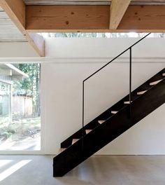 Scott & Scott Architects' Mid-Cetury Refurbishment in Vancouver