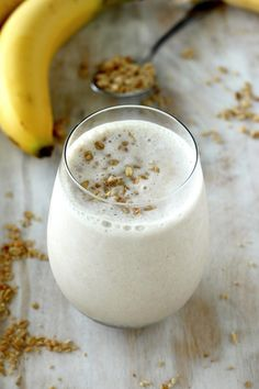 Sweet, creamy, and packed with protein, this Banana and Honey Smoothie is SO what you want to wake up to in the morning!