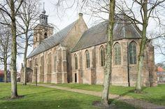 Nederlands Hervormde Kerk - Oude-Tonge, gebouwd in 1499. (Goeree-Overflakkee, the Netherlands)