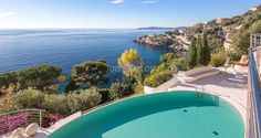 Seafront Californian Villa - Pool, Terrace and Sea View