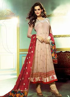 Select from the best collection of party wear salwar suits at Sarees Palace. We have hundreds of designs of salwar kameez for party wear to choose from. Anarkali Churidar, Anarkali Dress, Pakistani Dresses, Indian Dresses, Salwar Kameez, Indian Outfits, Long Anarkali, Indian Attire, Latest Anarkali Suits