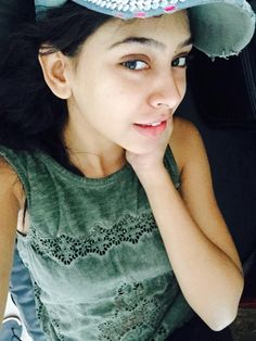 Cute Girl Pic, Stylish Girl Pic, Cute Girls, Niti Taylor, Bollywood Celebrities, Indian Girls, Cute Couples, Celebs, Taylors