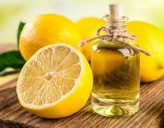 DIY-Kosmetik-Rezept für selbst gemachtes Duschgel  mit Zitrone - Zitrusduft wirkt aufheiternd und macht fröhlich