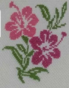 Cross Stitch Rose, Cross Stitch Flowers, Cross Stitch Patterns, Embroidery Stitches, Hand Embroidery, Xmas Cross Stitch, Easy Cross Stitch, Scraps Quilt, Hand Embroidery Stitches