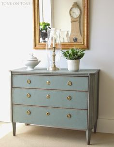 Tone on Tone   <3 this chest of drawers