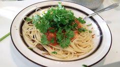 ホラー漫画家・神田森莉 不味そう飯: やたらと健康そうなミートソーススパゲティ!ビタミンが豊富だ。家庭菜園のパセリがやたらと大きくなってる...