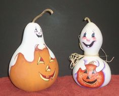 Ghostley Pumpkins by Lola and Al Stude.  Design by Sue Hollon, Gourds for All Seasons.