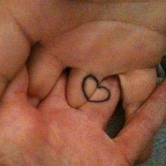 tatouages-mains-doigts-26