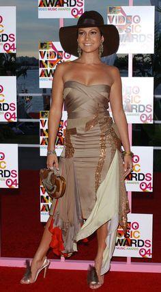 Jennifer Lopez Photos Photos - 2004 MTV Video Music Awards.American Airlines Arena, Miami, Florida. .August 28, 2004. - 2004 MTV Video Music Awards