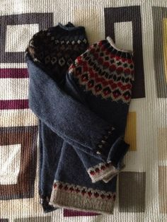 From Mason-Dixon Knitting; the sweater on the right!