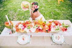 Et si vous songiez aux fleurs exotiques pour votre déco ? En plus d'être pratique, cela peut être très élégant : une wedding designer vous en dit plus !