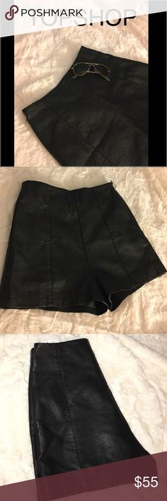 TOPSHOP Lola High Waist Faux Leather Shorts Worn a few time in a good condition, 🚫NO TRADES 🚫 OFFERS ARE WELCOME 💚 Topshop Shorts