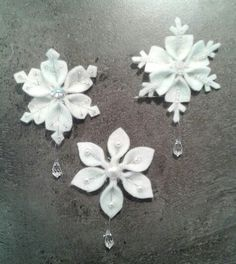 Easy Felt Snowflake Ornaments — Crafthubs