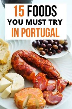 With overwhelming delicious options you might be unsure on what to eat in Portugal. Lisbon Portugal, Portugal Travel, Pork Cutlets, Good Foods To Eat, Exotic Food, Portuguese Recipes, Mediterranean Recipes, Different Recipes, International Recipes