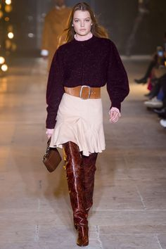 Marant Fall 2017 Ready-to-Wear Fashion Show See the complete Isabel Marant Fall 2017 Ready-to-Wear collection.See the complete Isabel Marant Fall 2017 Ready-to-Wear collection. Big Fashion, Fashion Week, Fashion 2017, Runway Fashion, Fashion Outfits, Fashion Trends, Milan Fashion, Isabel Marant, Mode Tartan