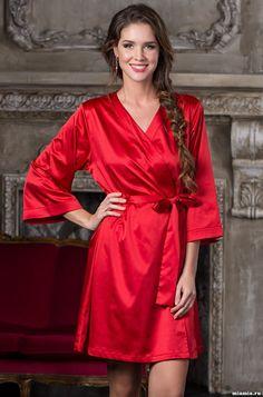 Комплект халат+сорочка Classic 9983RED Glamorous Dresses d2b46b8f6