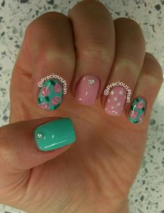 Mint and pink nails. Floral nails