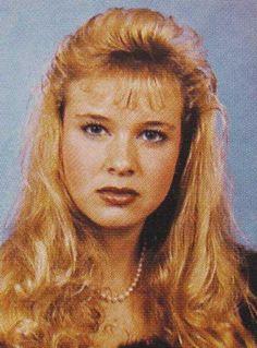 Renee Zellwegger in high school.