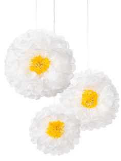Party Ark's 'Daisy Flower Pom Poms' for decorating spring and summertime tea parties.