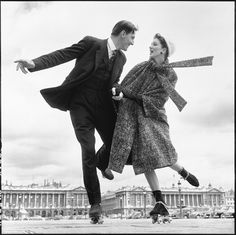 [Suzy Parker and Robin Tattersall, dress by Dior, Place d (1)[4].jpg]