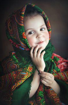 Cute little girl Russian Beauty, Russian Fashion, Beautiful Children, Beautiful Babies, Cute Kids, Cute Babies, Foto Face, Kids Girls, Little Girls