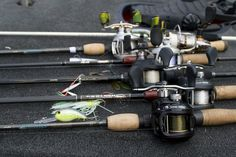 Continuing with the 6 rod bass fishing system by addressing reels. So in our last Combo Clinic, we addressed the thought that 6 rod and reel combos could serve the purpose of covering all your bases in bass fishing. Bass Fishing Rods, Fishing Rods And Reels, Rod And Reel, Kayak Fishing, Fishing Tackle, Fishing Tips, Fishing Stuff, Fishing Knots, Fishing Basics