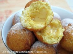Resep Bola - Bola Ubi Isi Keju JTT Sweet Potato Balls Recipe, Breakfast Recipes, Dessert Recipes, Desserts, Japanese Cheesecake, Indonesian Cuisine, Sweet Treats, Food And Drink, Desert Recipes
