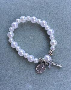 cf61866219648 10 Best Rosary Bracelets images in 2017 | Rosary bracelet, Glass ...