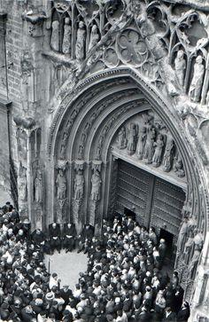 1958 - Tribunal de las Aguas (The Tribunal or Court of the Waters) - Valencia (Spain)