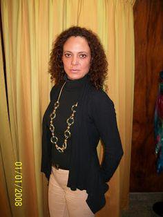 AnVar - Te enseño a coser: EL TRABAJO DE LA MODISTA (1) Graphic Sweatshirt, Sweatshirts, Sweaters, Style, Fashion, Dressmaker, Sew, Swag, Moda