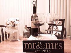 Mr & Mrs Wall Decor Vintage Wood Sign Wedding Decoration Prop Gift  NEW