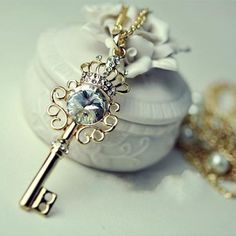 Dazzling Rhinestone Crown Key Pearl Double Layer Long Necklace