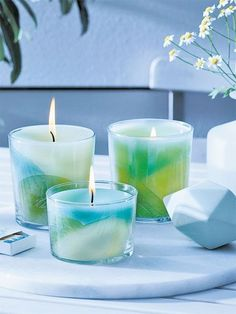 Make candles yourself - with free instructions Diy Candles Ideas - Homemade Candles, Diy Candles, Scented Candles, Pillar Candles, Green Candles, Ideas Candles, Bottle Candles, Candle Jars, Diy Snow Globe